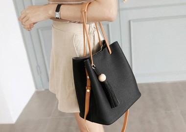 Wood Bowl Tassel Bucket Bag