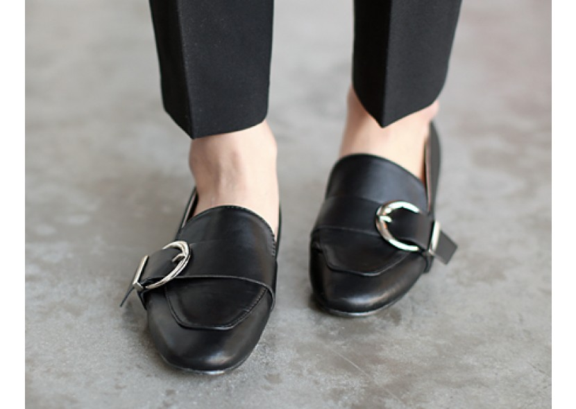 Ring Buckle Loafer