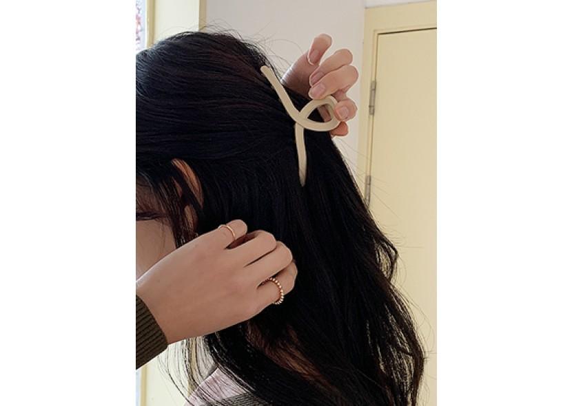 Single Tone Claw Hair Clip