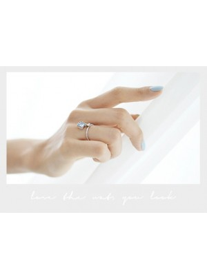 Livia Ring