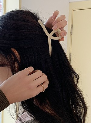 Single Tone Claw Hair Clip