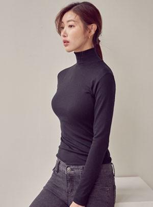 Zonia Turtleneck T-shirt