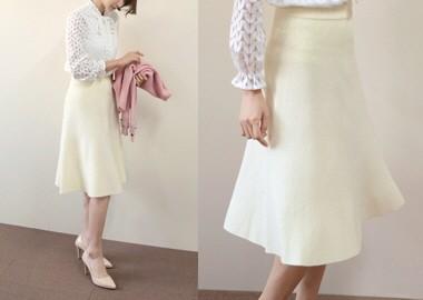 Flare Knit Midi Skirt